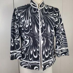 Stunning Chicos Black and White Blazer  Size 1